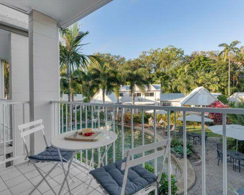 port-douglas-deluxe-2-bedroom-apartments (1)