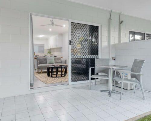 port-douglas-deluxe-2-bedroom-apartments (18)
