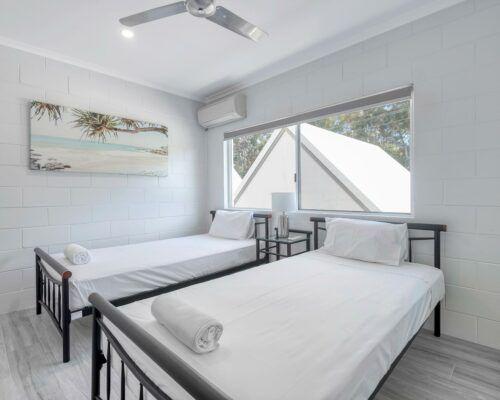 port-douglas-deluxe-2-bedroom-apartments (23)