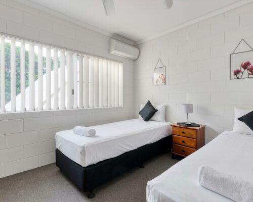 port-douglas-deluxe-2-bedroom-apartments (5)